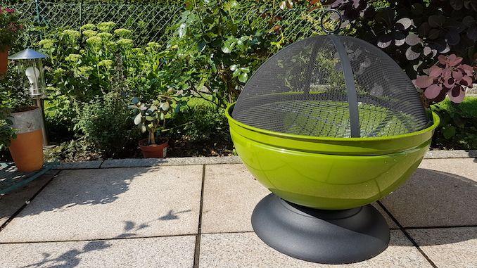 Grüne Feuerschale Globe von Buschbeck